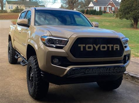 Custom Toyota Tacoma Custom Mesh Grills For Toyota Vehicles By Customcargrills