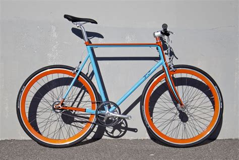 gulf racing motorcycle this custom machine is off to a customer in portland