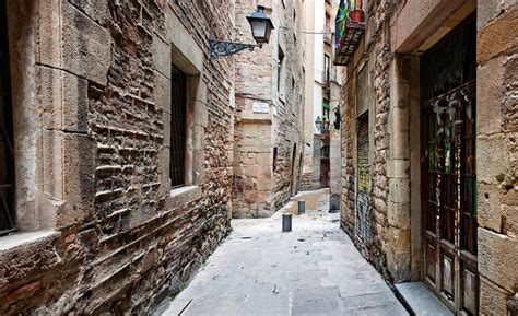 barcelona quarters 5 secrets of the gothic quarter barcelona connect