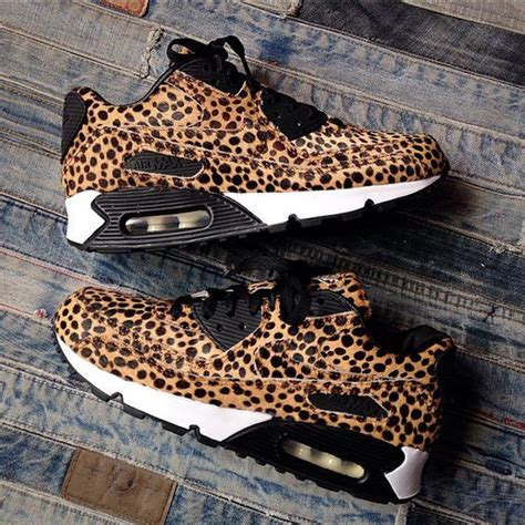 25 best ideas about nike cheetah shoes on