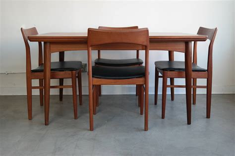 modern dining sets danish modern dining set in teak for sale at 1stdibs