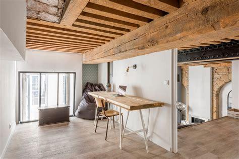 plafond poutre apparente plafond avec poutres apparentes