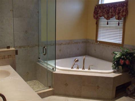 kleines bad redo ideen badewanne f 252 r kleines bad 22 sch 246 ne ideen archzine net