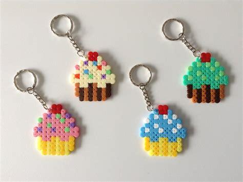 bead by bead cupcakes hama bead keyrings by dogtorwho on deviantart