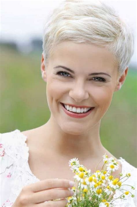 very short ash blond pixi cut short blonde pixie haircuts