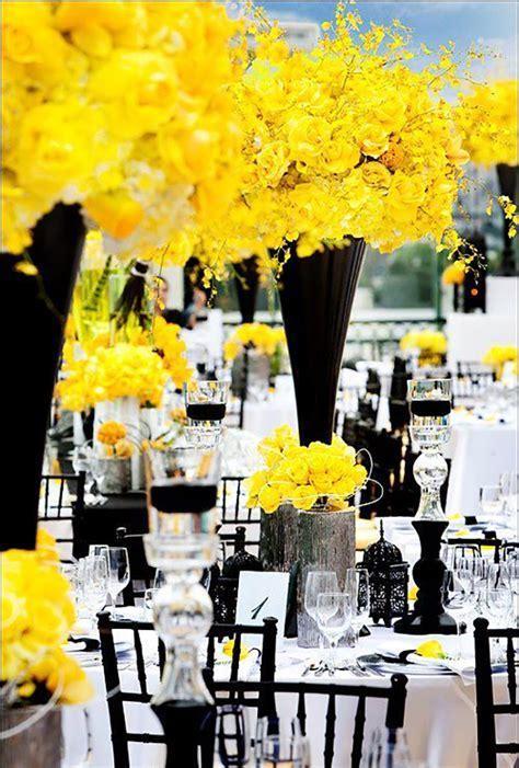 Casamento com decoração amarela e preta Organizando Meu
