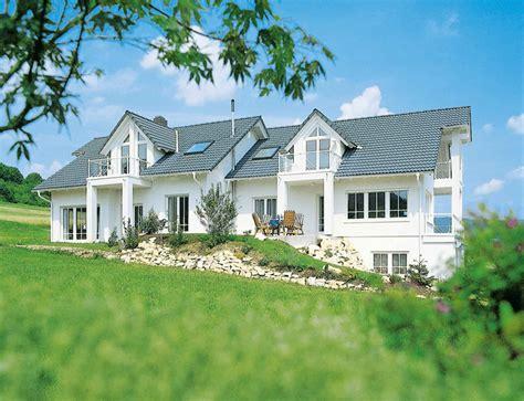haus unter der erde haus unter der erde bauen ein doppelhaus richtig planen wohnen