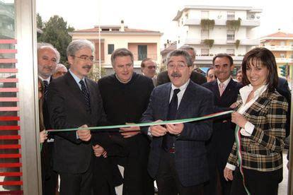 banca marche centobuchi banca toscana inaugurata la filiale di centobuchi