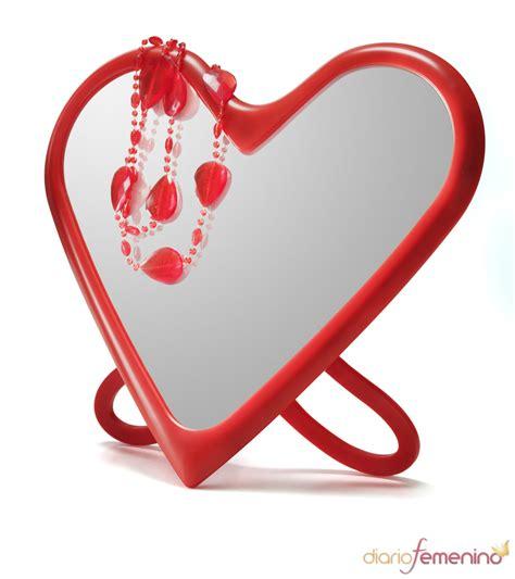 como decorar un espejo en forma de corazon espejo con forma de coraz 243 n de ikea