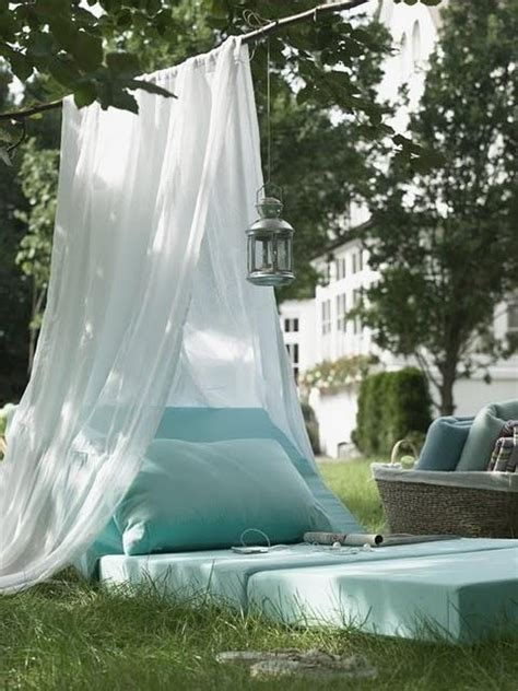 outdoor canopy bed outdoor canopy bed balcony garden pinterest