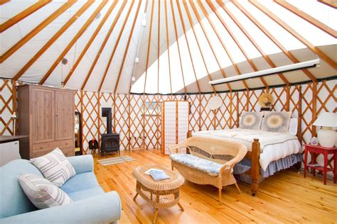 airbnb yurt airbnb living in someone else s home x25 hostfully