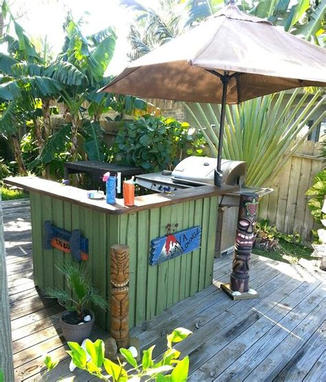 tiki bar top 17 best images about outdoor tropical themed bars on