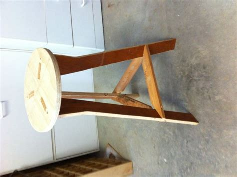 diy shop stool from scrap plywood diy projects to try