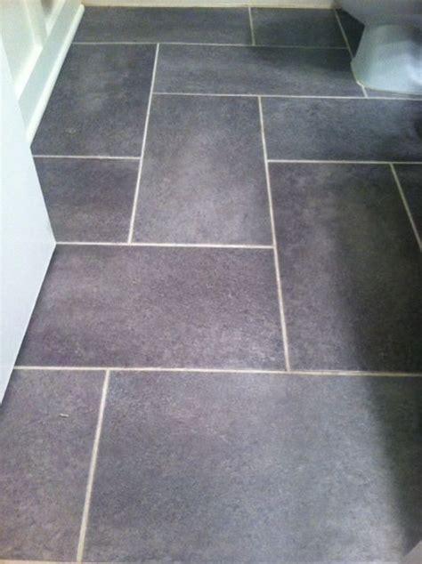 Vinyl Tile For Bathroom Floor by Groutable Vinyl Tile Slate Floor Update A Standard Sized