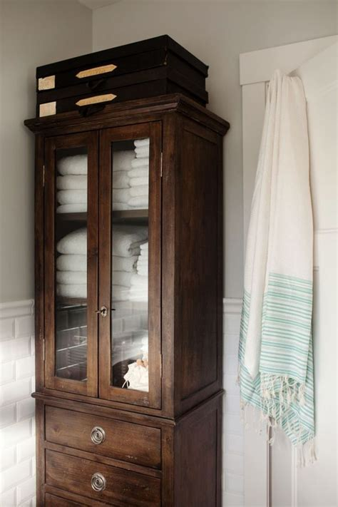 master bath linen cabinet 25 best ideas about bath linens on bathroom