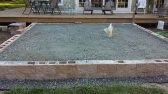 how to build a raised paver patio raised paver patio construction galleryhip com the