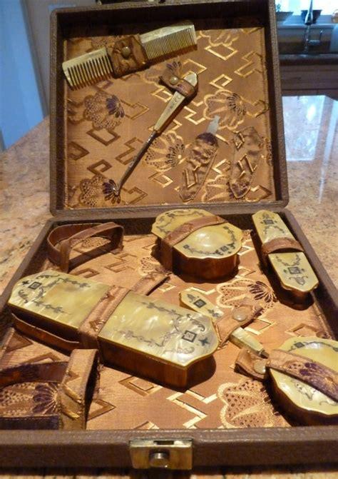jugendstil schlafzimmermöbel vintage deco celluloid vanity set cartier