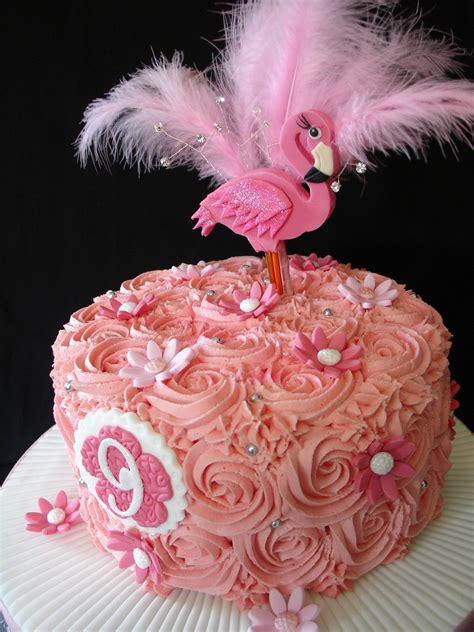 Flamingo Home Decor Flamingo Buttercream Cake With Cupcakes Cakecentral Com