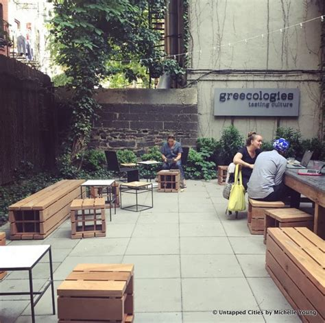 Top 11 Coffee Shops in Manhattan (For Design Buffs