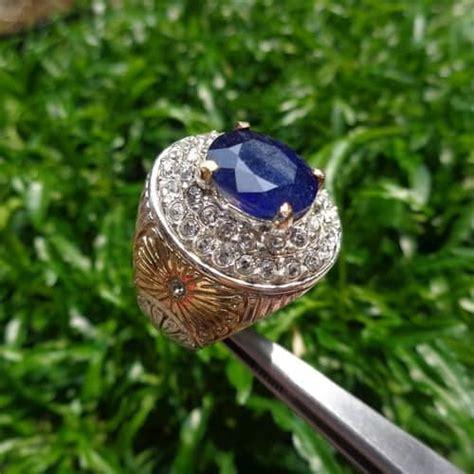 Mustika Safir Hitam Asli Kode 4102 batu blue sapphire asli sertifikat dunia pusaka sakti