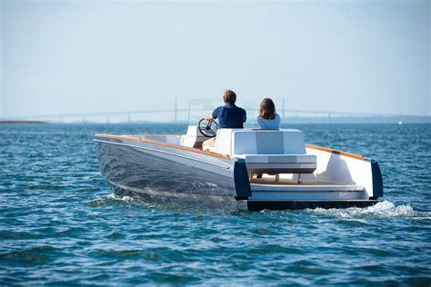 hinckley yachts tour dasher hinckley yachts