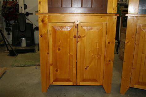 pine hutches  madeinmt  lumberjockscom woodworking