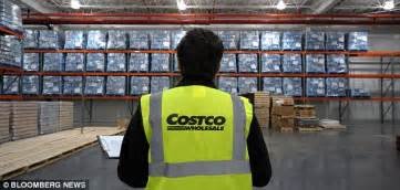 Costco Background Check Policy Costco Employee Breaks Customer S Leg With Martial Arts Move As Workers Try To Check