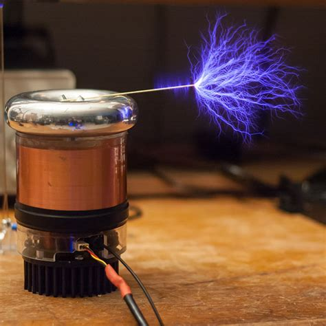 How To Make Tesla Coils Tinytesla Musical Tesla Coil Kit Thinkgeek