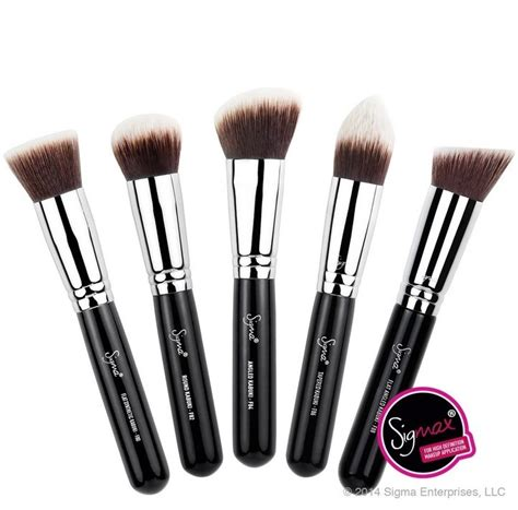 Sigma Kabuki Brush brushes ny minute now