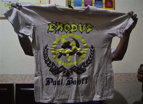 Kaos Pacquiro penjual kopi di malang ditangkap karena pakai kaus gambar