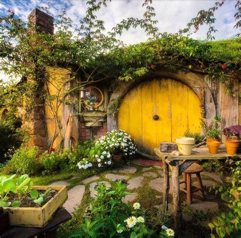 hobbit house new zealand fairy tale scenery pinterest 408 best images about the shire on pinterest lotr