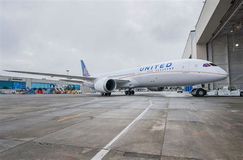 united airlines customer service general travel in sterling picture first united 787 9 leaves paint shop