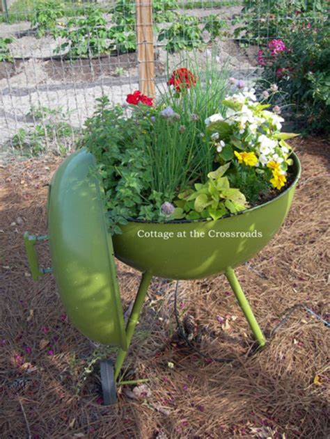 Garden Planter Ideas 20 Unique Container Gardening Ideas For Deck Patio Or Yard The Self Sufficient Living