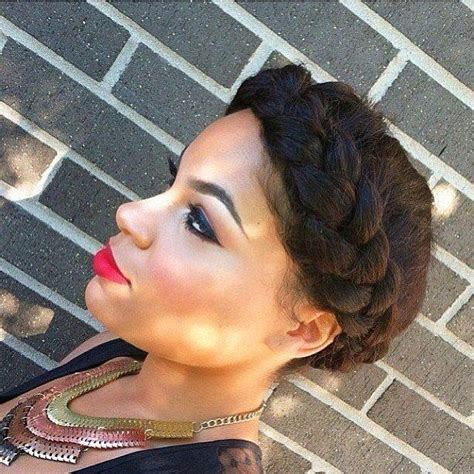 how to do a halo braid with weave halo braid returning natural sistas pinterest