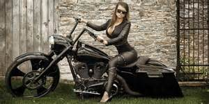 custom motorcycles baggers choppers cruisers street bikes trikes