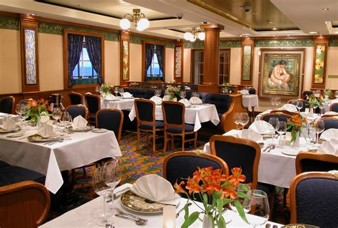 essential dining room etiquette tips for cruise ship norwegian cruise line reviews cruisemates