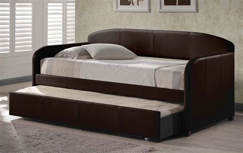 hillsdale furniture springfield brown trundle day bed hillsdale springfield daybed with trundle brown 1613dbt