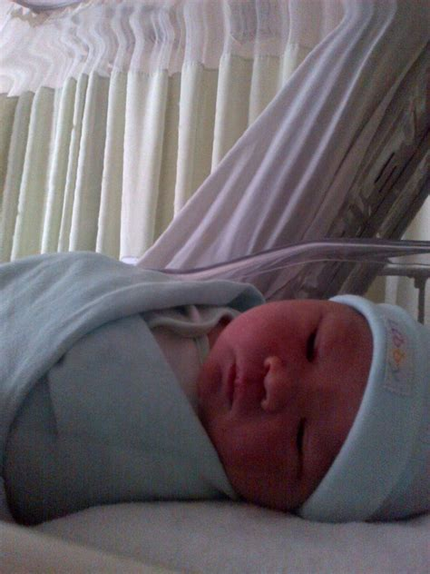 kisahku ibuhamil akhirnya my baby boy lahir dengan persalinan normal ila
