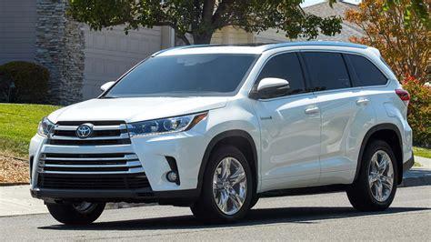 Toyota Suv Hybrid Toyota Highlander Hybrid Wins 1 Suv Award Peruzzi