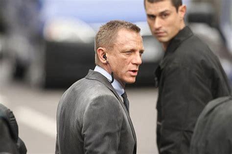 Kaos Bond 007 Skyfall fredagsfilmer bardems bond skurk f 229 ngad p 229 bild