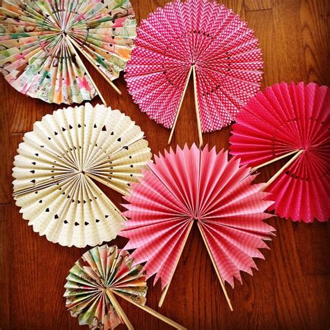 Paper Fan - diy paper fans idea for outdoor weddings and place