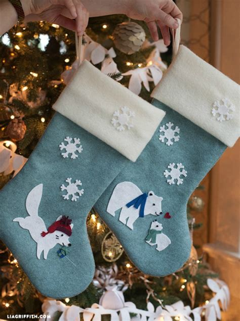 patterns for decorating christmas stockings diy felt christmas stockings holiday inspiration