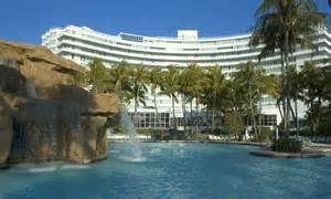 imagenes hotel fontainebleau miami hotel review fontainebleau resort in miami lady gaga s 163