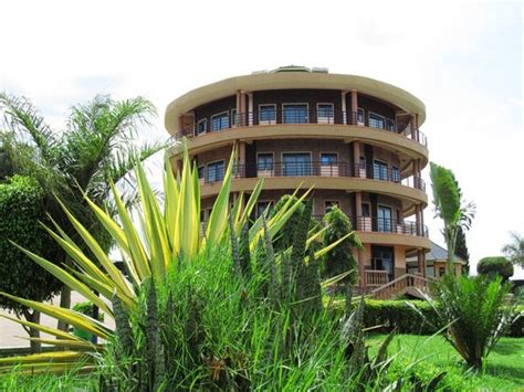 tooro royal cottages lodge reviews price comparison