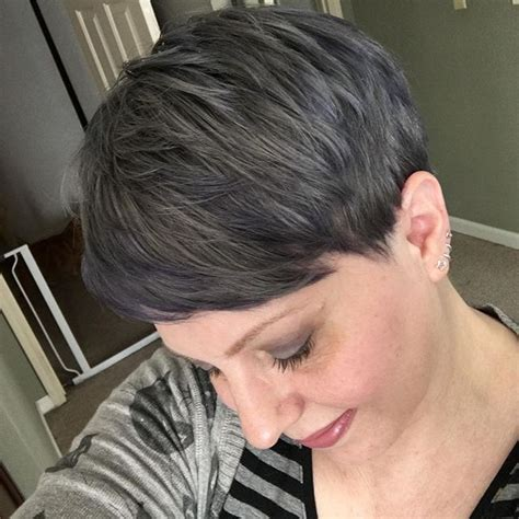 how to style grey pixie 20 cute easy short pixie cuts for oval faces styles weekly