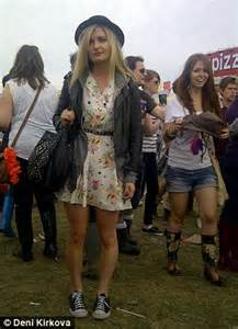 reading festival 2012 fashion dress to the hottest trends