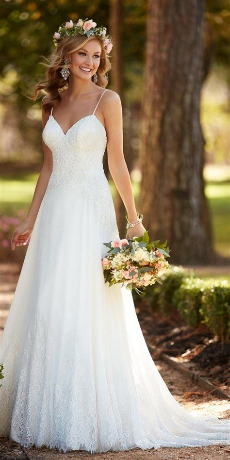 Top 8 Wedding Dresses For A Fall Wedding by Best 25 Casual Wedding Dresses Ideas On