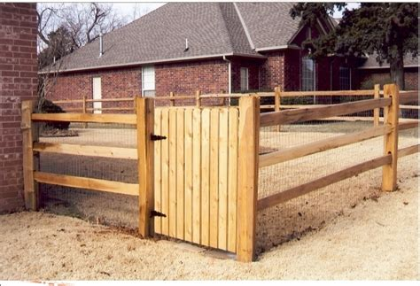 fences on wire fence fence and wood fences wood and wire fence designs fence ideas