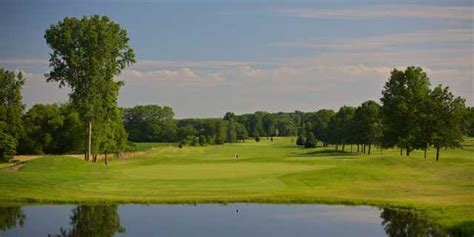 plymouth country club indiana swan lake resort black course in plymouth indiana usa