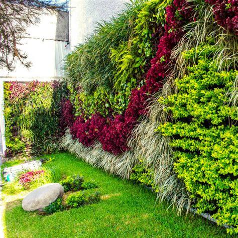 decorar paredes de jardines ideas para decorar jardines 10 propuestas para un jard 237 n